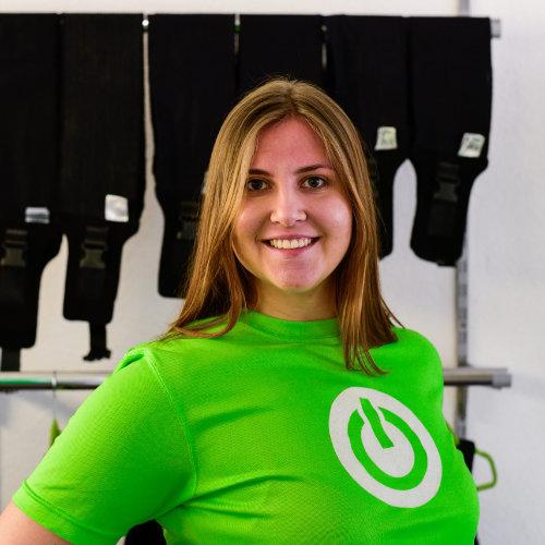 Portrait von Mitarbeiterin Anthea